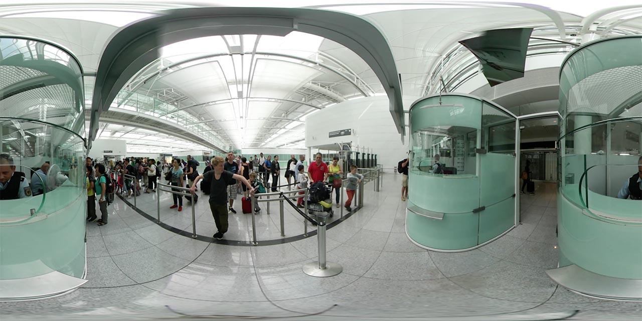 Holodeck 4.0 Airport Gear 360 Screenshot